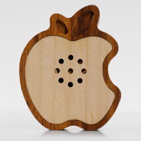 Деревянный Apple-спикер