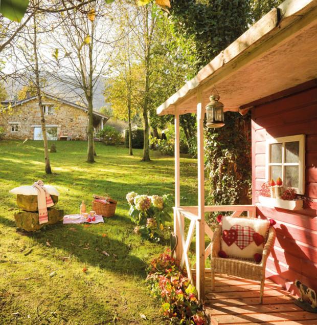 Дом с садом в Испании