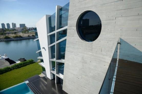 Футуристический дом в Канкуне