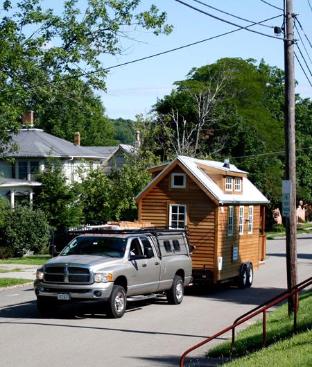 Деревянный мобильный дом