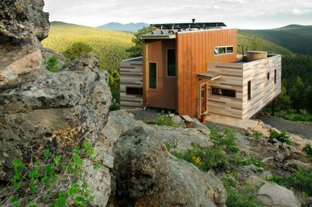 Дом из контейнеров от студии H:T