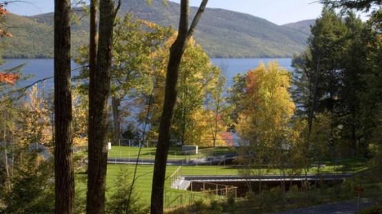 Дом… в озере!