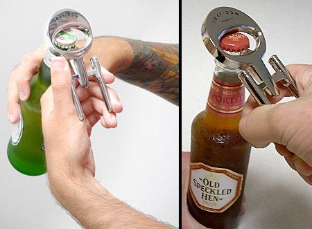 А чем вы открываете бутылки?