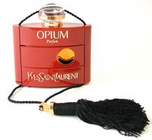 Cводящие с ума ароматы Yves Saint Laurent Opium и Еscada Аbsolutely Me