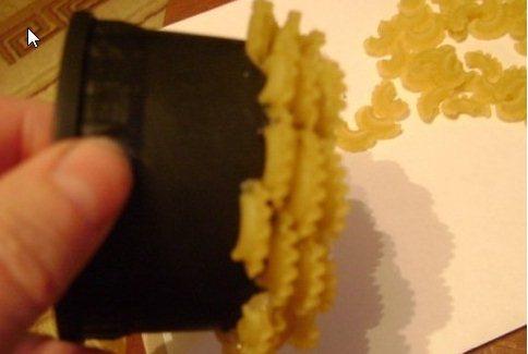Поделки из  макарон своими руками