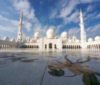 Куда вернее поехать в  ОАЭ 2014