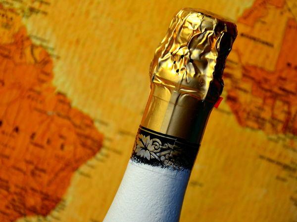 Новогодний декупаж для шампанского
